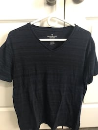 Men's Navy blue v-neck shirt Waterloo, N2J 3C1