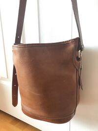 Vintage Roots Leather Bucket Bag Richmond Hill
