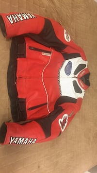 Red and white leather Yamaha jacket Vancouver, V6A