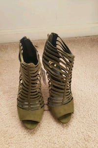 New with tags! Olive green faux suede heels  District Heights, 20747