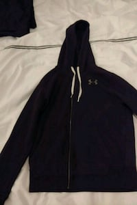 black and white Nike zip-up hoodie Nanaimo, V9X 1A4