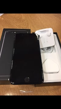 black iPhone 7 with box Washington
