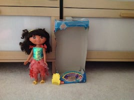 Dora mermaid doll with slippers, hair brush and hair pins + box