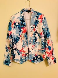 Brand new jacket without tag from  pet and smoke free home for only 12$ Vaughan, L6A 3A5