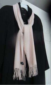 "Giftable ""Cashmere Feel"" Scarf 537 km"