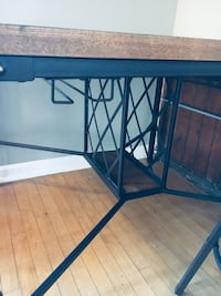 Four-Person Table w/ Wine Rack  Indianapolis, 46203