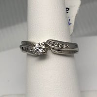 10k white gold diamond engagement ring Brampton, L6T 3R5