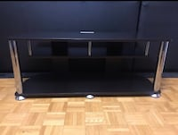 Tv stand  Toronto, M3A 1Y2