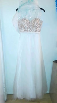 white and gold prom dress Riverside, 92507