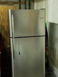 Fridge available. Great condition! Vancouver, V5T 1C3