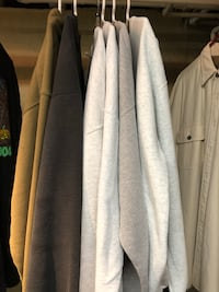 XXL Long Sleeve Sweatshirts Arlington, 22201
