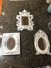 Set of 3 small white wall decor mirrors New Westminster, V3M 3M6