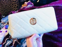 quilted white leather wristlet Winnipeg, R2W 5C4