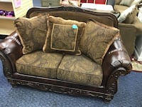New Fresco Elegant Brown Love Seat  Virginia Beach, 23462