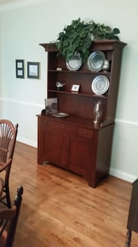 Tom Seely Hand Made Hutch BRISTOW