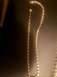 gold-colored chain necklace Chilliwack