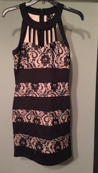women's pink and black floral sleeveless dress