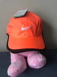Brand new orange Nike hat Toronto, M1E 1X3