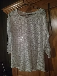 white and black dotted print scoop-neck top