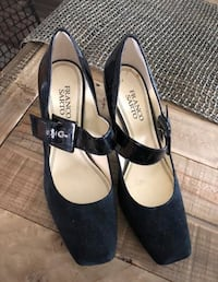 pair of black suede pointed-toe heels Delta, V4C 1E8