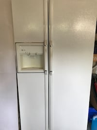 GE fridge with water line and ice Vaughan, L6A 2R4
