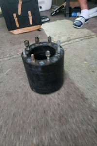2 inch wheel spacers for for 8 lug DeWitt