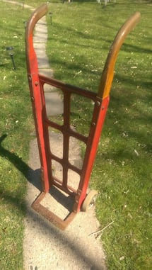 Dolly / heavy duty hand truck red