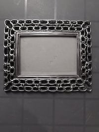 Picture frame (5x7) Richmond Hill, L4C