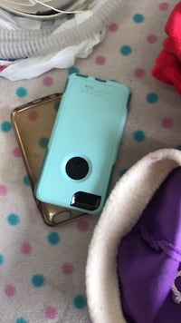 Cell phone case one otter box is 15 and pink guess plastic for 1.00 for iPhone 6 Surrey, V3X 2W4