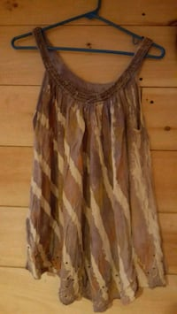 women's brown and white spaghetti strap top Londonderry, 03053