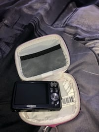 Samsung camera with case and charger