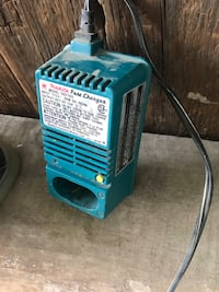 blue and black portable air cooler Grimsby, L3M 3K4