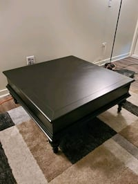 Living room lift table with storage Denver, 80203