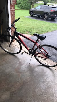 Black and red road bike Clear Spring, 21722