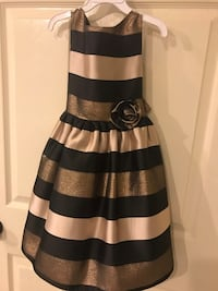 Black and gold girls dress size 6. In excellent condition Pharr, 78577