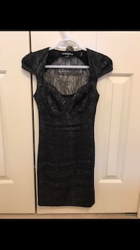 Grey guess dress Coquitlam, V3E 2V5