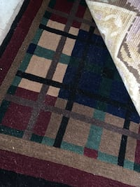 Hand knotted rug in many sizes and designs