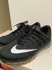 Nike Airmax wore less then 10 times size 11 Vancouver, V5S 2Z8