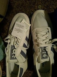 Brand new Adidas shoes women's 9.5 Champaign, 61821