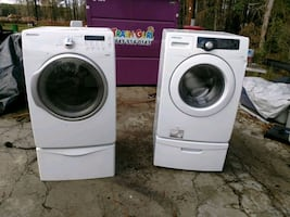 Samsung washer and dryer and Stands