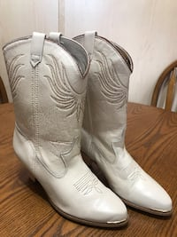 Dingo Women's Leather Boots (7M) New Castle