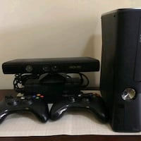 Mint xbox 360 with kinect and 14 games Mississauga, L5N 0C5