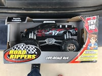black and red RC pickup truck El Paso, 79912