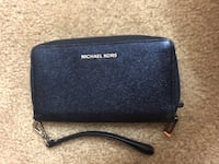 Blue Michael kors wallet Silver Spring, 20902