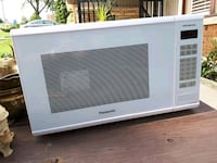 Panasonic 1100 W high power microwave Hamilton, L9C 5C6