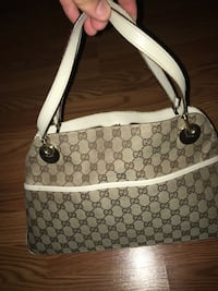 Womens gucci Bag (Selling for my mother) Chalfont, 18914