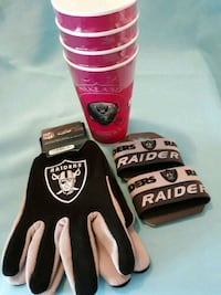 red and black Oakland Raiders gloves Los Angeles, 90003
