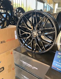 """4 of Versus 20"""" x 8.5 rims (tires not included)"""