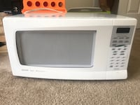 white General Electric microwave oven Winchester, 22601