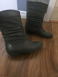 Women's Rain Rubber Boot Size 9 New Westminster